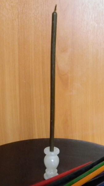 Свеча коричневая